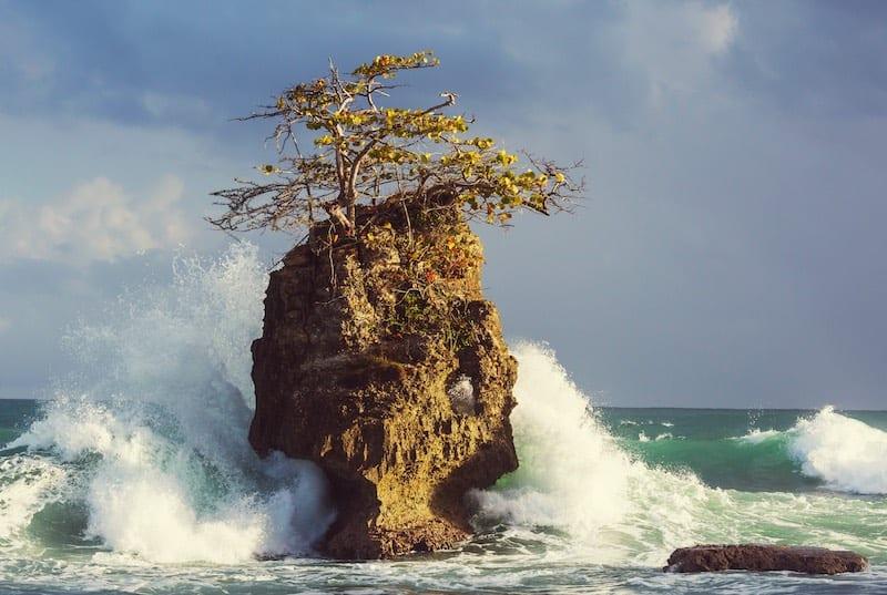 Coast in the Pacific Ocean of Costa Rica. Costa Rica Tours