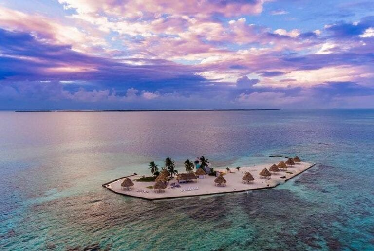 Rendezvous Caye Island. Sailing and camping in Belize.
