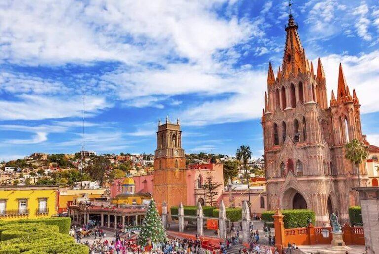 The delightful central plaza in San Miguel Allende. Mexico.