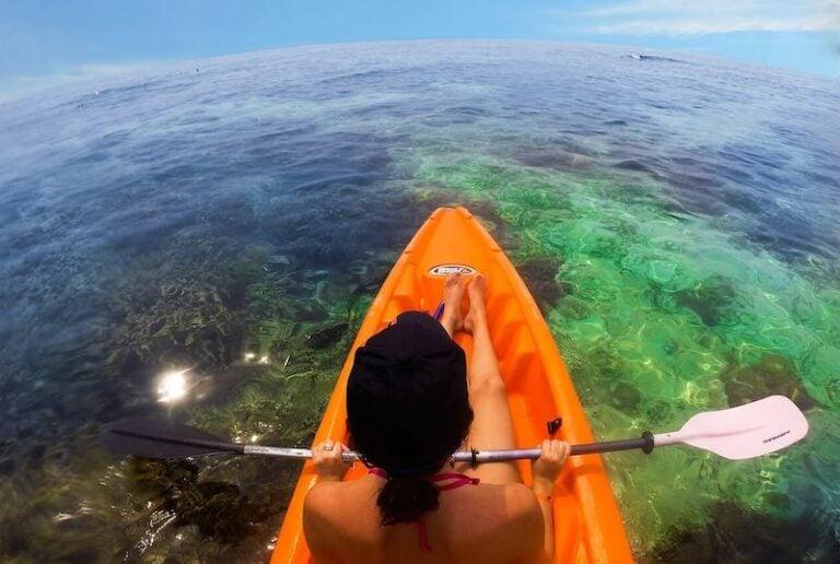 Kayaking in the marvelous coral barrier reef of Honduras.