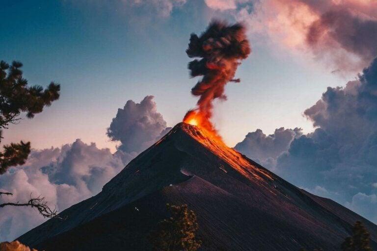 Marvelous eruption of Volcano de Fuego spotted from the neighboring Volcano Acatenango